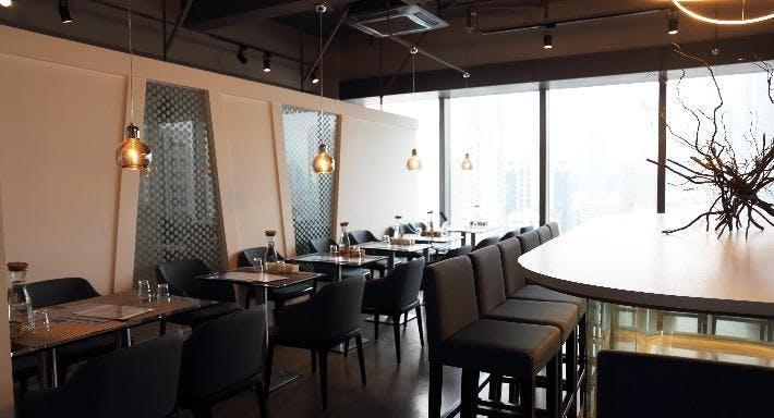 Doux - Dessert Bar & Restaurant Hong Kong image 4