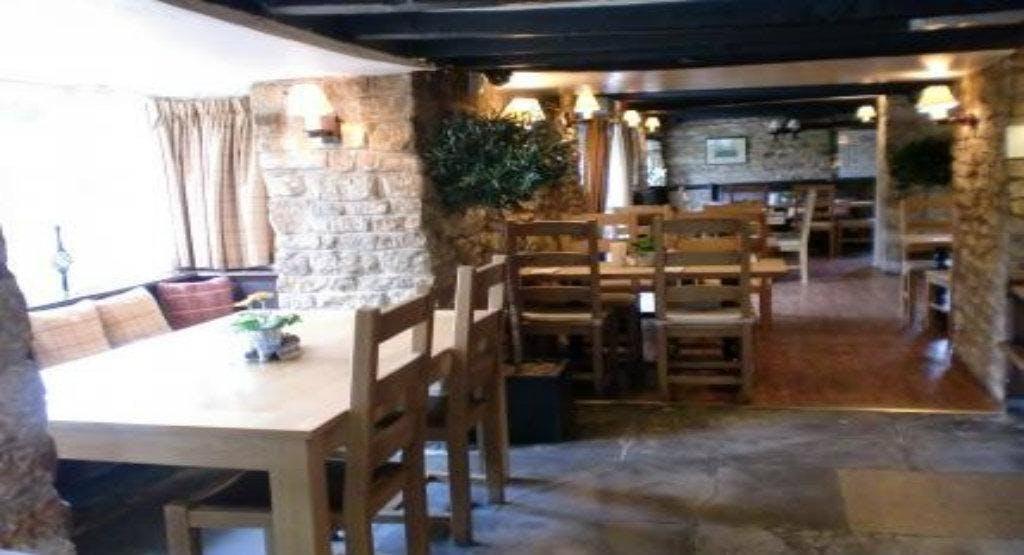 The Red Lion Inn  - Little Compton Cheltenham image 1