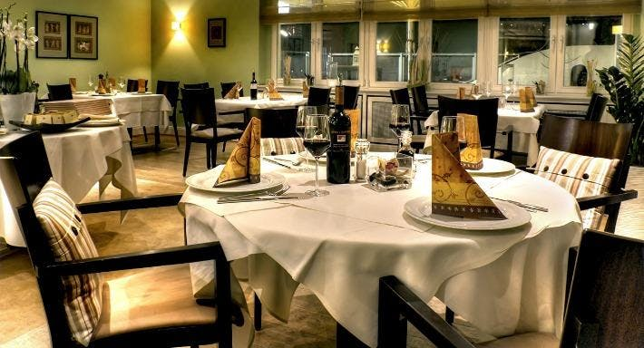 Minas Restaurant Hamburg image 3