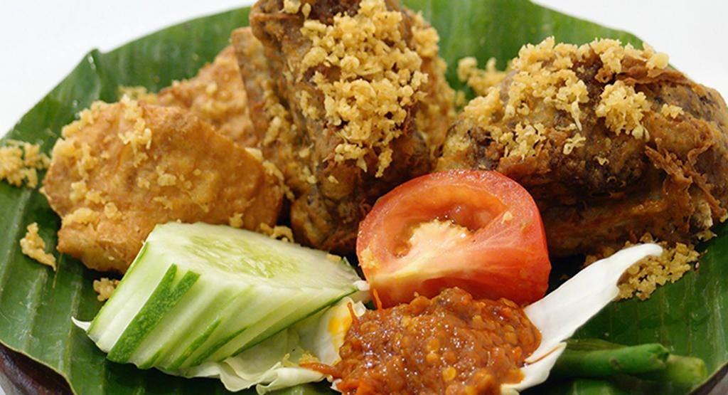 Ayam Penyet President – Lucky Plaza Singapore image 1