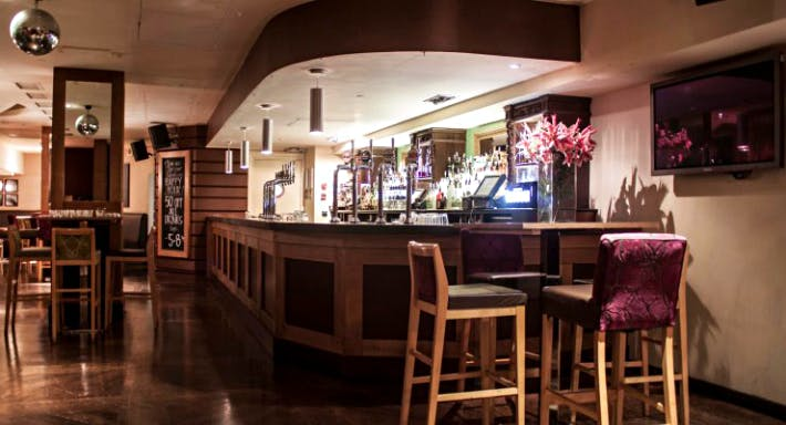Amber Bar London image 7