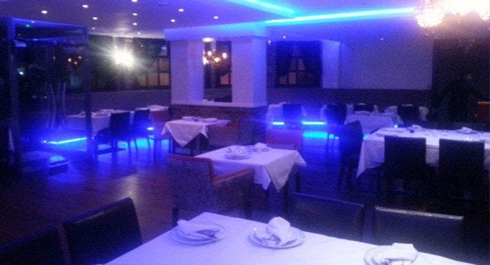 Amirs Indian Restaurant London image 2