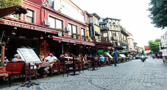 Sultan Hostel Pub & Restaurant