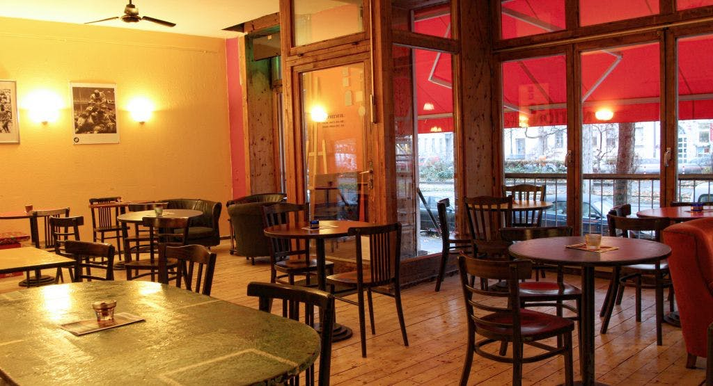Junction Café Berlin image 1