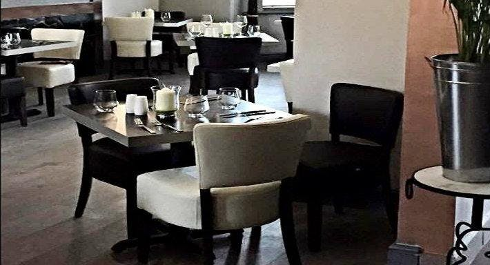 Bennetts Hotel & Restaurant Long Eaton image 1