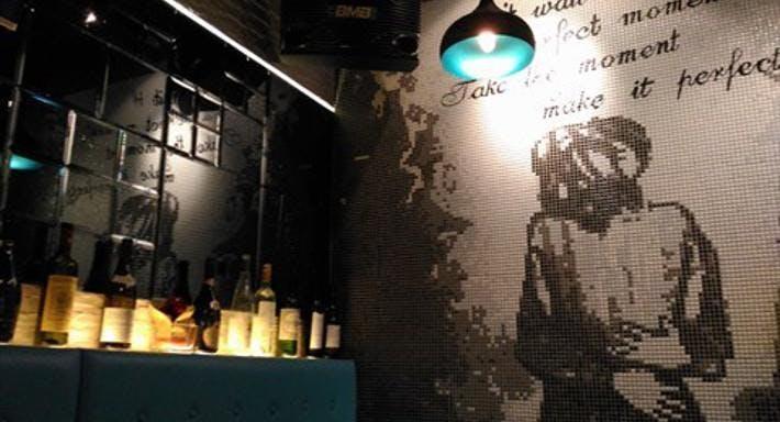 K Square 5 Bar and Restaurant Hong Kong image 3