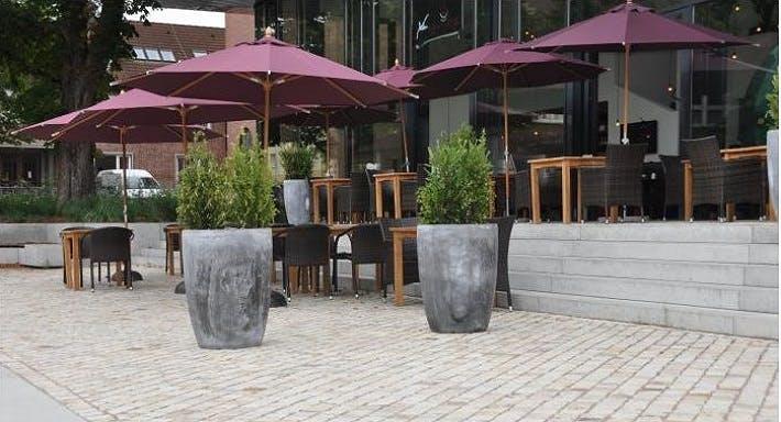 Helms Lounge Hamburg image 10