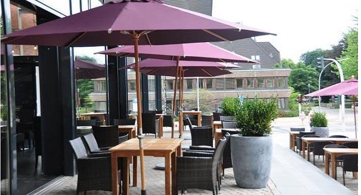 Helms Lounge Hamburg image 9