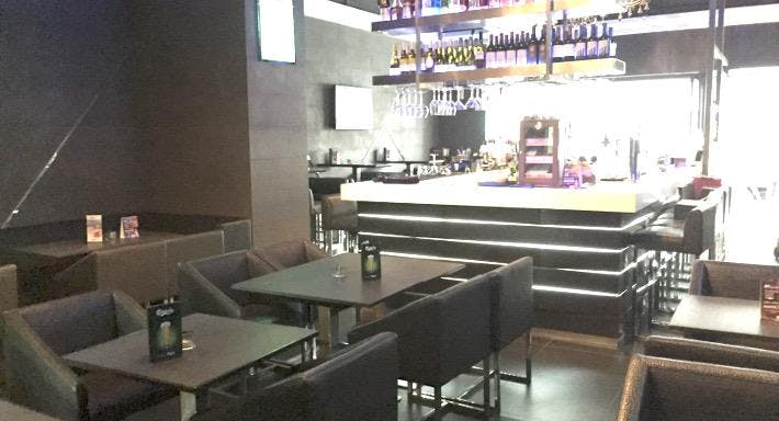 AT Restaurant & Bar – Manhattan Plaza