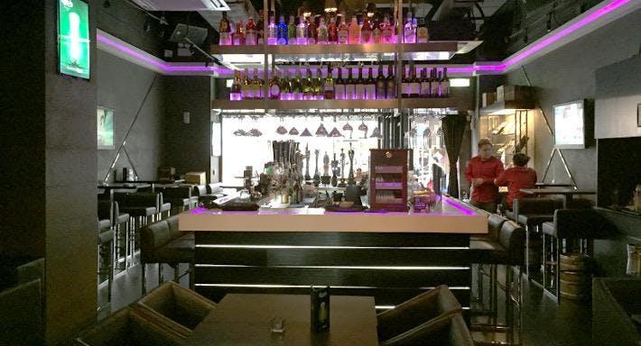 AT Restaurant & Bar – Manhattan Plaza Hong Kong image 4