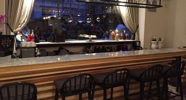 Pare Baklava Bar İstanbul image 2