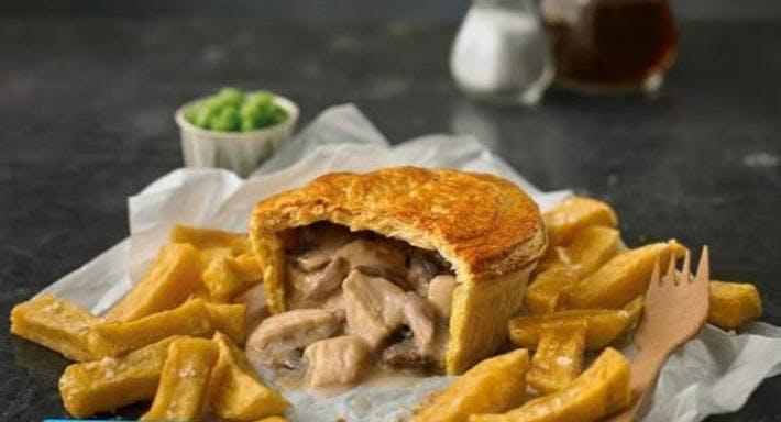 Daniels Fish & Chips - Broadstone Poole image 3
