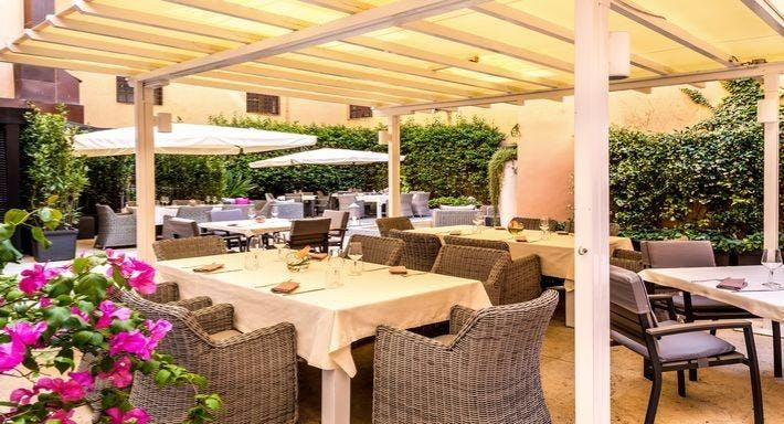 I Sofà Bar Restaurant & Roof Terrace Roma image 3