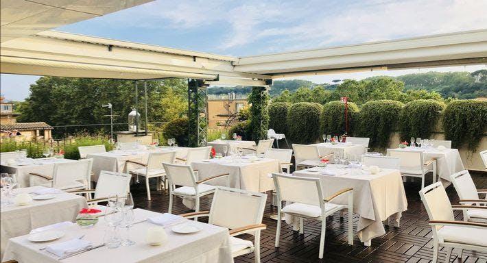 I Sofà Bar Restaurant & Roof Terrace Roma image 2