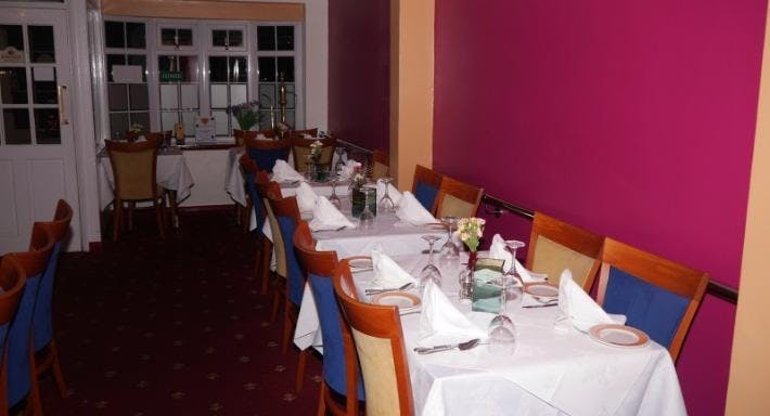 The Spice Restaurant Basingstoke image 3
