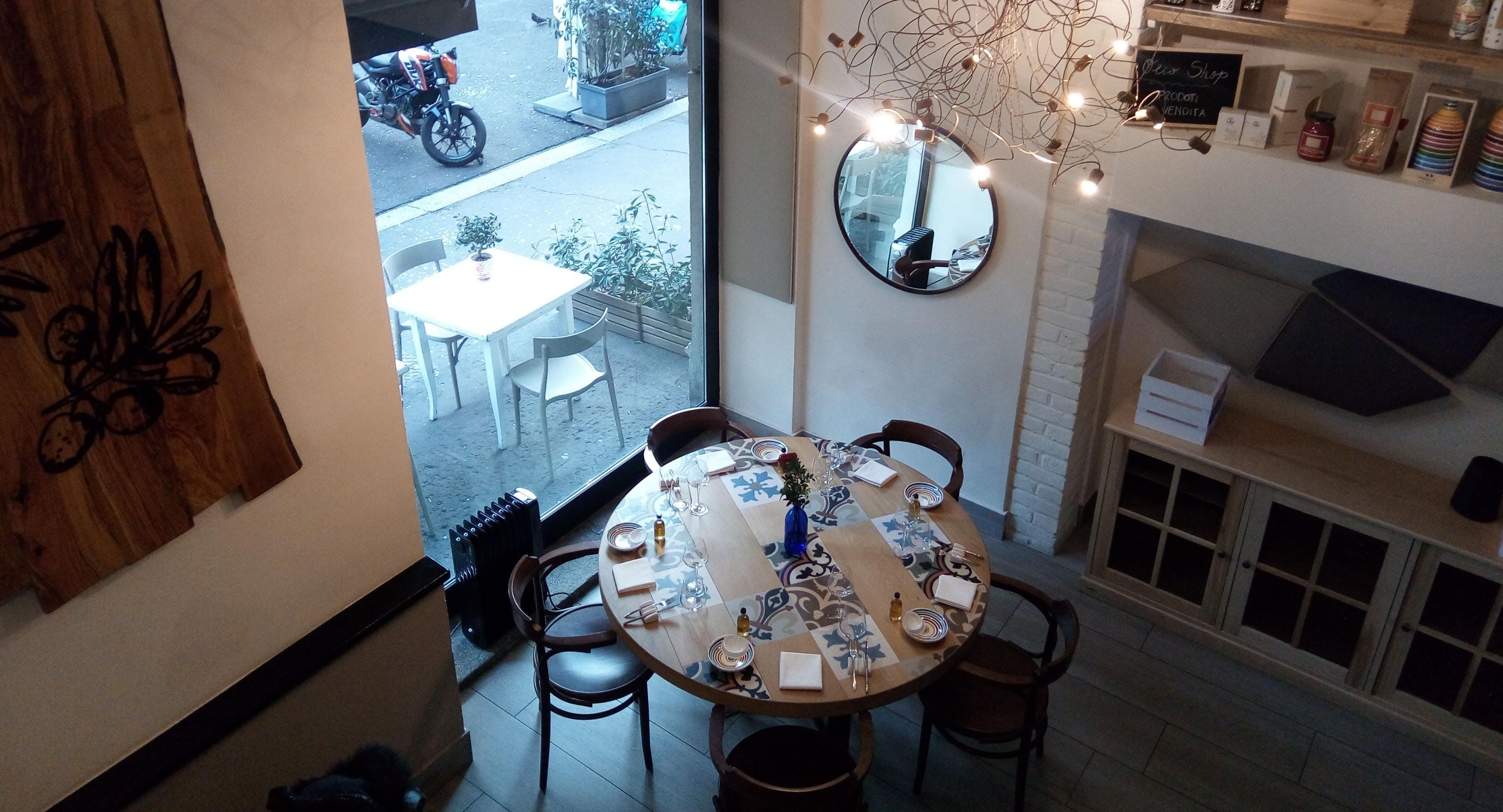 Olio - Cucina Fresca Milan image 2