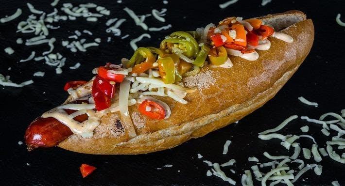 Pinki Hotdog Schwechat image 2