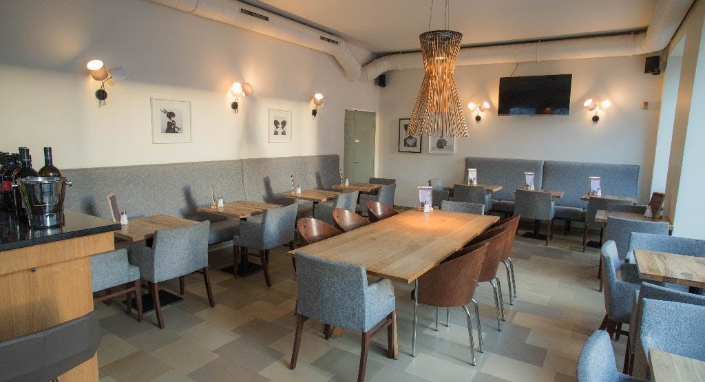 Nuss Cafe Bar