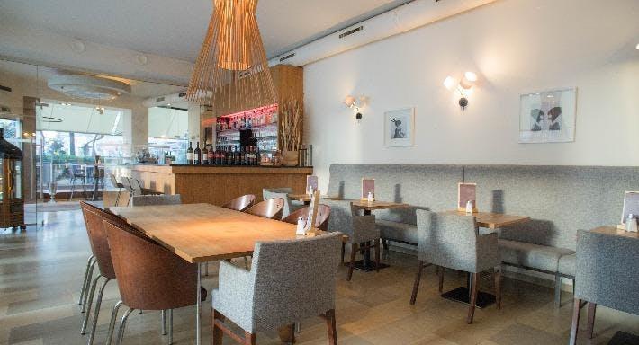 Nuss Cafe Bar Wien image 3