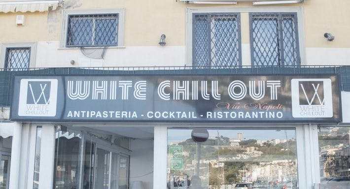 White Chill Out Via Napoli Napoli image 14