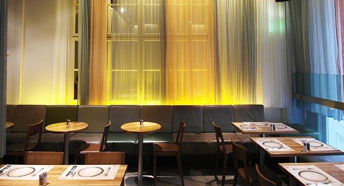 Halle Café Restaurant Wien image 5