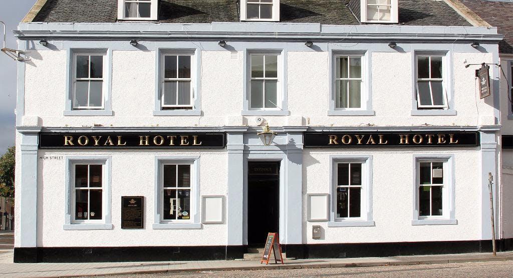 The Royal Hotel Penicuik image 1