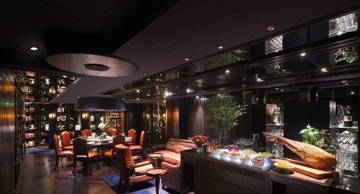 Grand Hyatt Steakhouse Hong Kong image 3