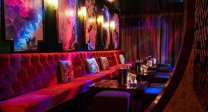 Sum Yi Tai - Mona Lounge Singapore image 1