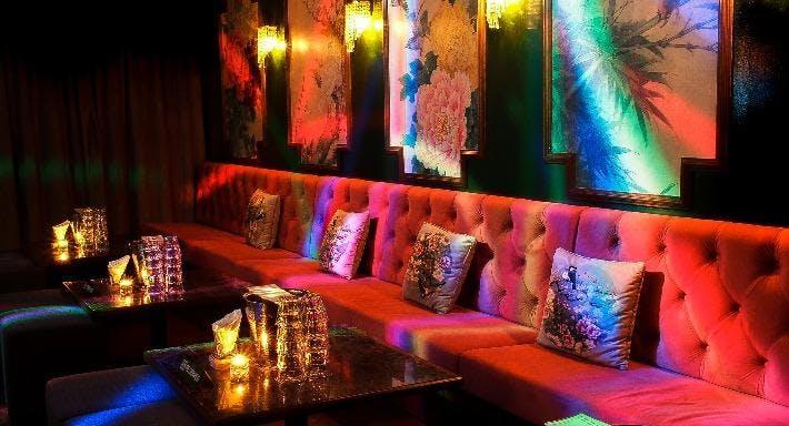 Sum Yi Tai - Mona Lounge Singapore image 2