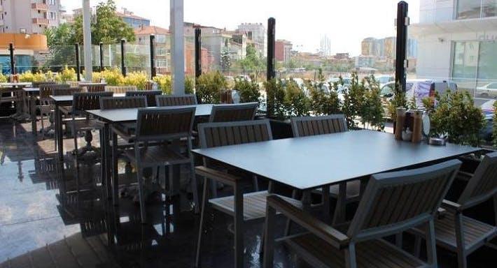 Emirşeyh Köfte & Baklava Istanbul image 3