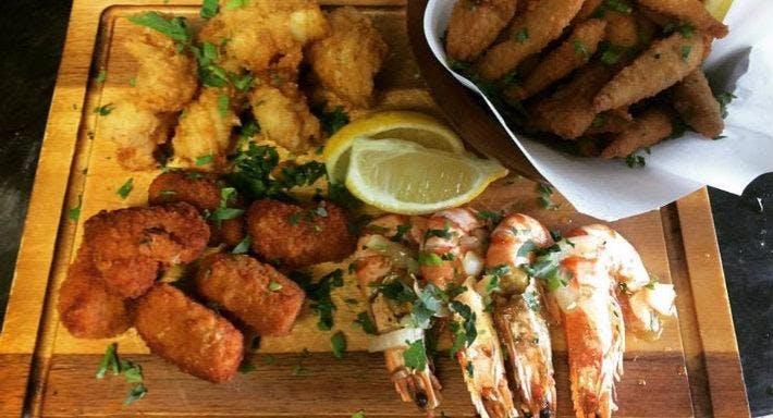 George's Fish & Souvlaki Bar