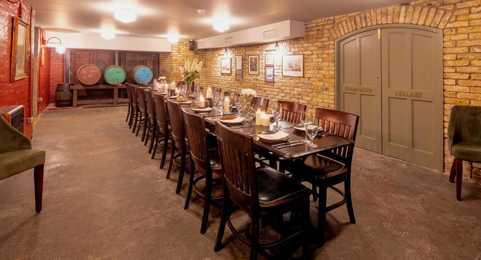 Wine Vaults - Greenwich Londen image 1