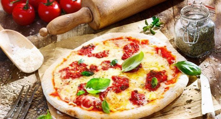 Sorrento Pizza Bar Harrogate image 4