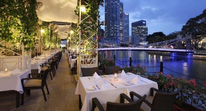 Town Singapore image 3