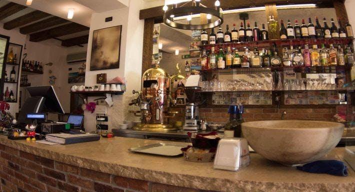 Osteria Ae Sconte Venezia image 2