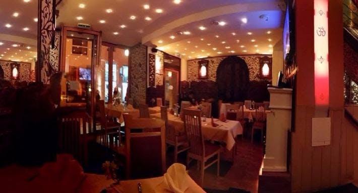 Om Indisches Restaurant Wien image 2