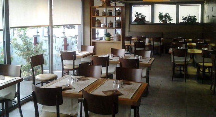 Rajas Café Como image 4