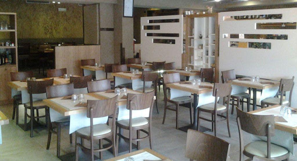 Rajas Café Como image 1