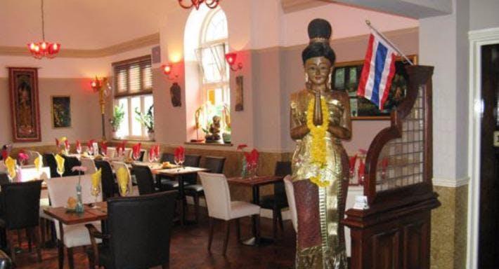 Sommai Thai