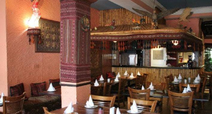Ariana Restaurant - Mile End London image 3
