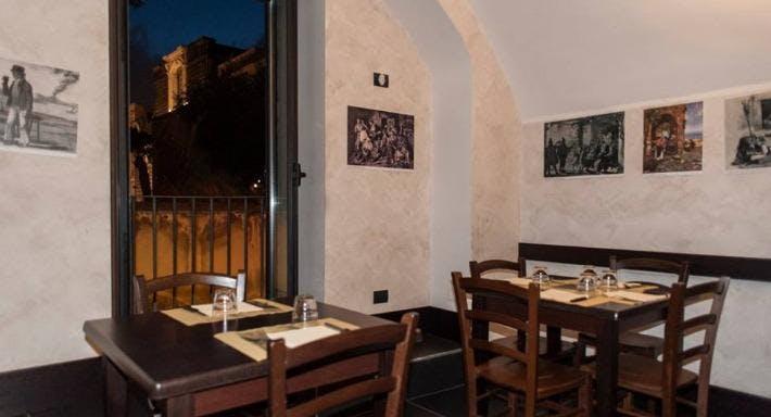 La Taverna A Santa Chiara Napoli image 1