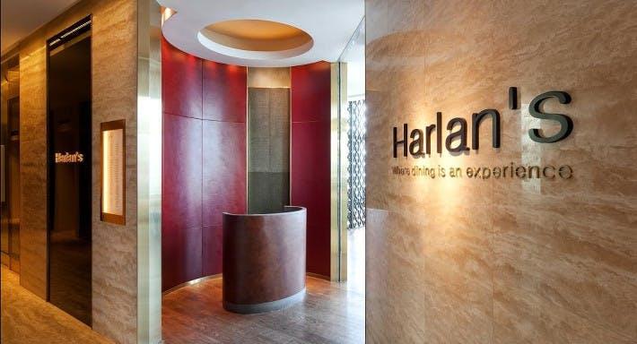 Harlan's Hong Kong image 2