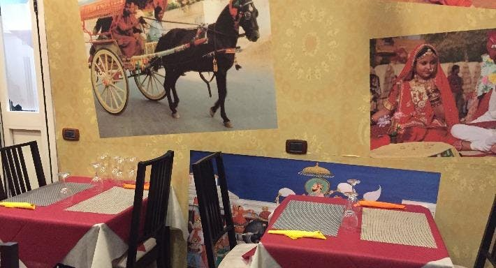 Taj Mahal Indian Restaurant Napoli image 6