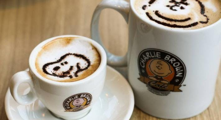 Charlie Brown Cafe - One Km Mall