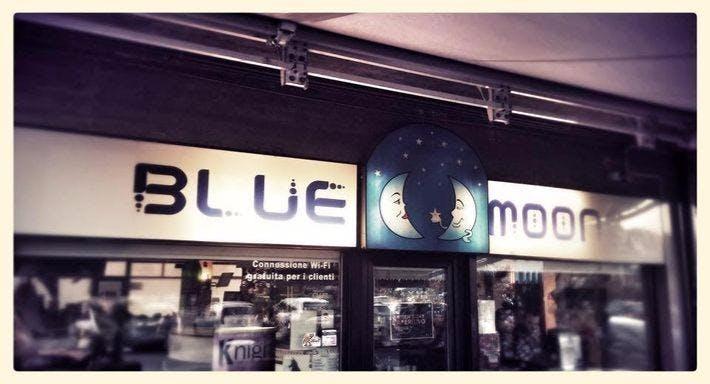 Blue moons Lavagno image 2
