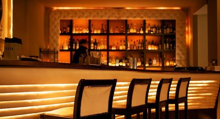 IMARA Restaurant Bar Lounge Hamburg image 4