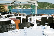 Restaurant Sur Balık Arnavutköy in Arnavutköy, Istanbul