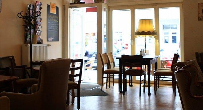 Café Knorke Berlin image 2