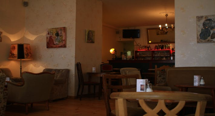 Café Knorke Berlin image 1