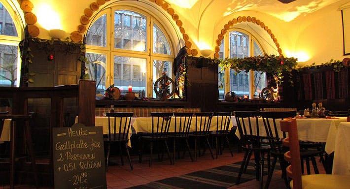 Restaurant TANGRA München image 6
